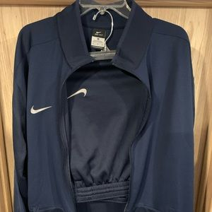 Nike drifit jogging suit